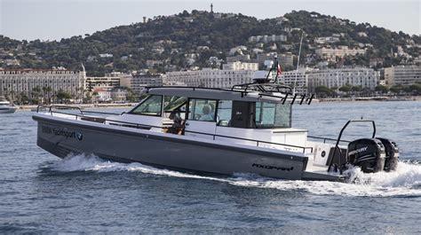 power motoryachts boat test   axopar  sport