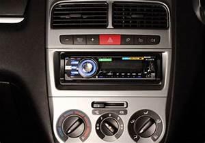 Fiat Grande Punto Radio : fiat grande punto pictures fiat grande punto photos and ~ Jslefanu.com Haus und Dekorationen