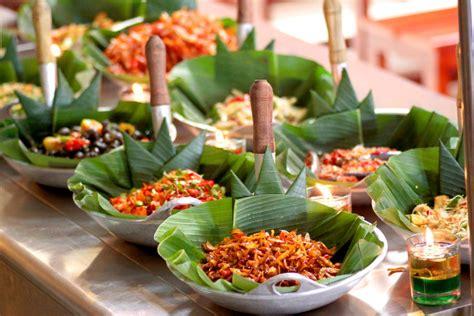 wisata kuliner halal murah meriah  kuta bali snack box