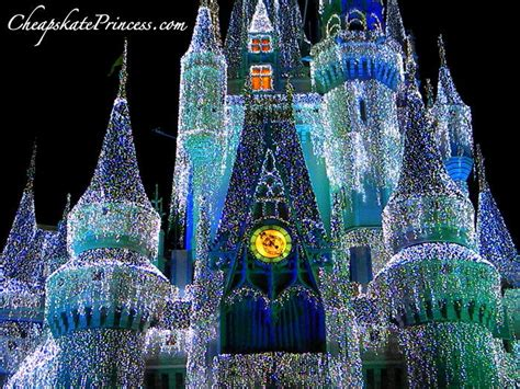 where to find free disney world theme parks christmas