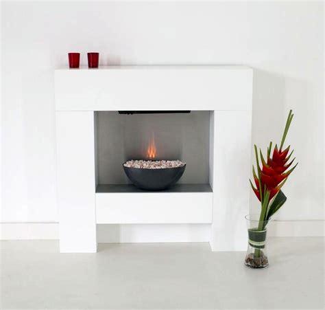 sleek modern white fireplace designs
