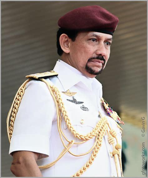 sultan hassanal his majesty sultan haji hassanal bolkiah mu izzaddin