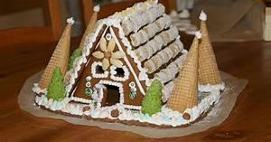Zuckerguss Für Lebkuchenhaus : lebkuchenhaus f r weihnachten leckergebacken ~ Lizthompson.info Haus und Dekorationen