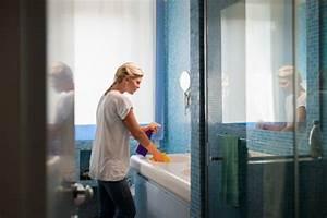 Badezimmer Putzen Tipps : tipps zum wohnung putzen halten sie alles l nger sauber ~ Lizthompson.info Haus und Dekorationen