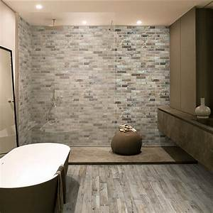 Rondine living cenare wood effect porcelain wall and floor for Bathroom yiles
