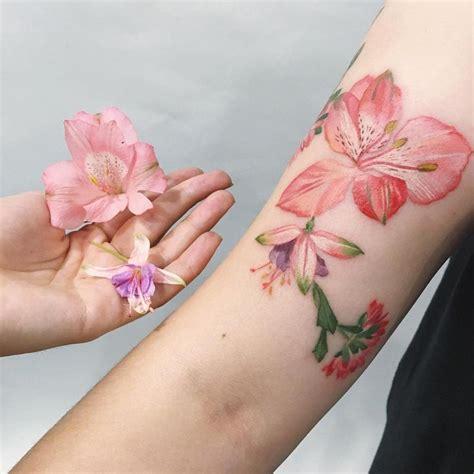beautiful realistic flower tattoo ideas  pinterest
