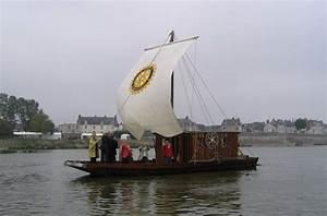 La Loire En Bateau : promenade en bateau traditionnel bateaux promenade blois office de tourisme blois chambord ~ Medecine-chirurgie-esthetiques.com Avis de Voitures