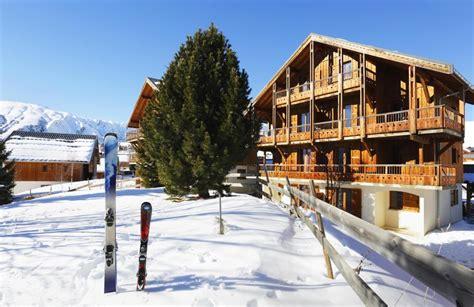les chalets des cimes residence les chalets des cimes la toussuire location vacances ski la toussuire ski planet