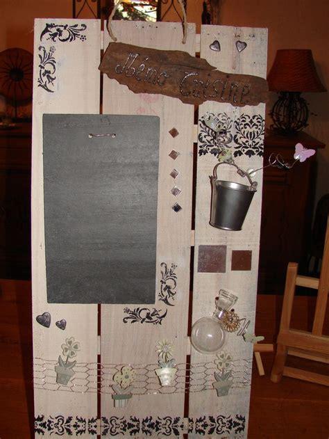 tableau ardoise deco cuisine tableau mémo de cuisine en matériaux recyclés bois et