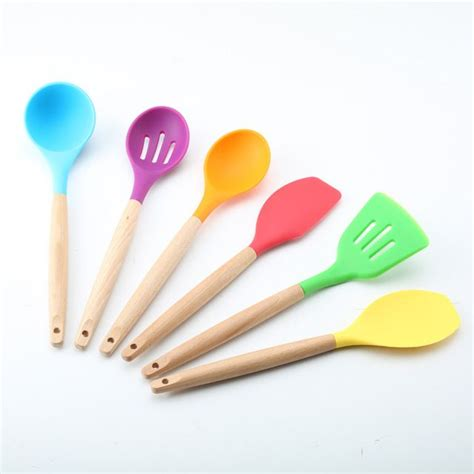 colored kitchen utensils 1000 ideas about silicone kitchen utensils on 2332
