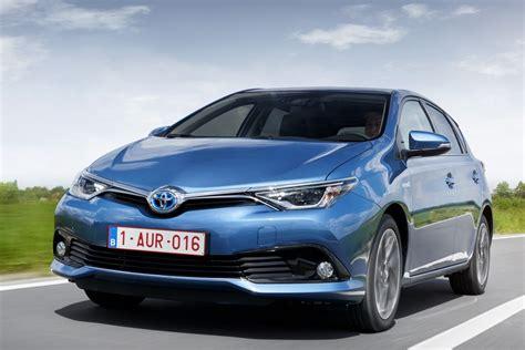 toyota auris suv toyota auris 1 2t aspiration 2015 present 116 hp 5