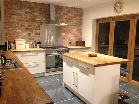 creating bespoke hardwood worktops  kitchen islands