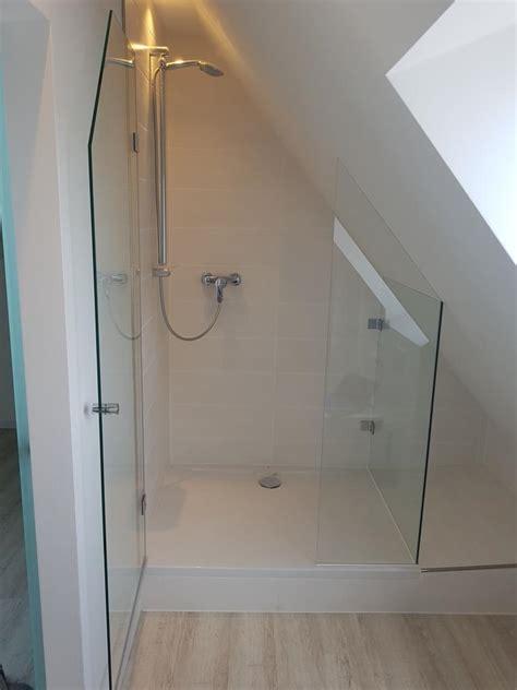 dusche unter dachschräge duschkabinen glaserei m 252 nchen