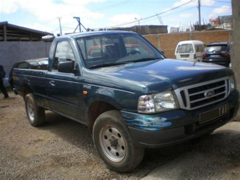 ford ranger up simple cabine 4x4 233 e 2002 a vendre madagascar 2000