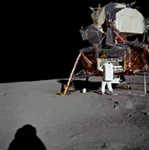 More Fake Moon Landing Evidence | HowStuffWorks
