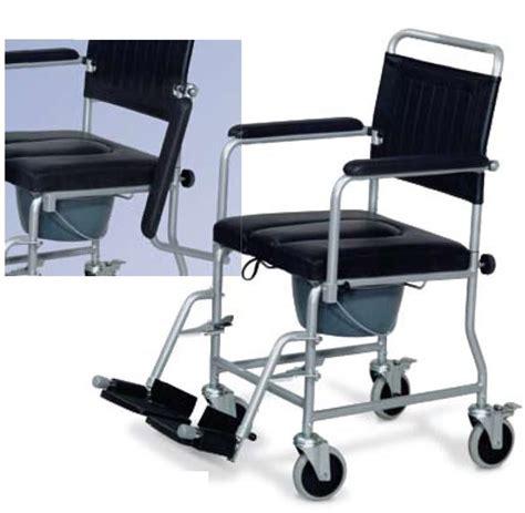 sedia comoda con ruote sanitax it salute e benessere sedia comoda imbottita