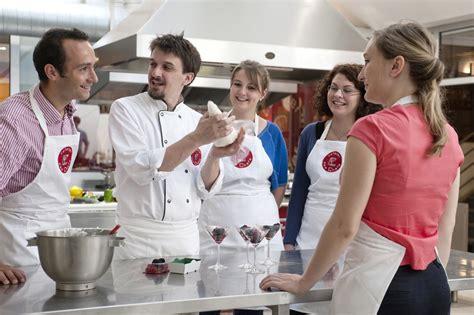 cours de cuisine lyon cours de cuisine l 39 atelier des chefs lyon 2ème activite