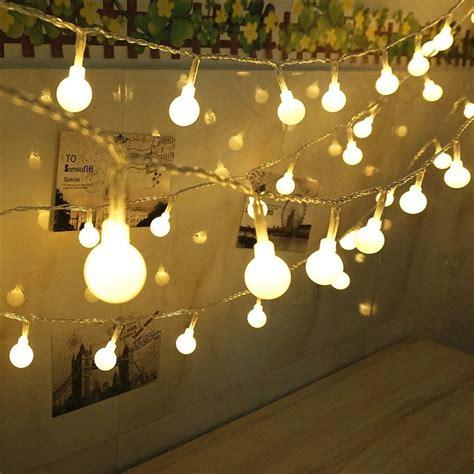 guirlande lumineuse a pile guirlande lumineuse led 224 piles 5m 50 boules blanc chaud ledthelife