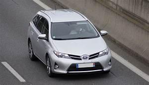 Avis Toyota Auris Hybride : test toyota auris 1 8 hsd hybride 136 cv 28 28 avis 16 6 20 de moyenne fiabilit ~ Gottalentnigeria.com Avis de Voitures