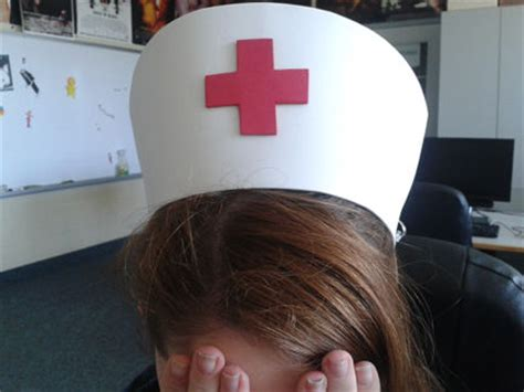 nurse hat craft for preschoolers community helpers crafts a day with the de jongs 863