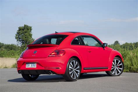 Volkswagen Car : 2015 Volkswagen Beetle (vw) Review, Ratings, Specs, Prices