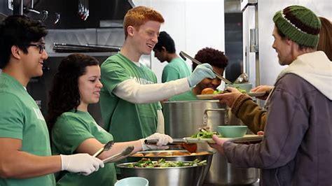 soup kitchen volunteer ms ds of volunteers serving food at soup