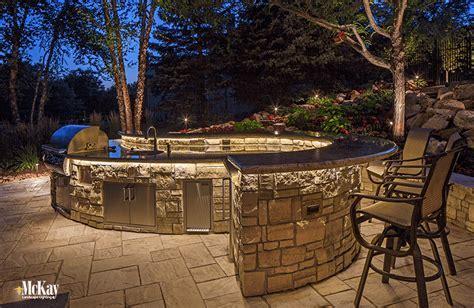 Outdoor Kitchen & Grill Lighting Ideas