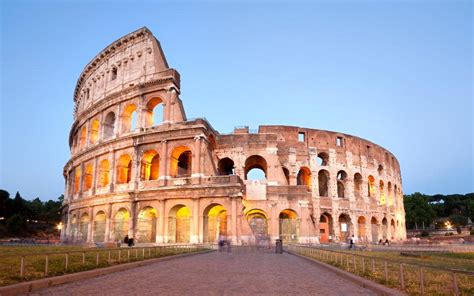 Tourist Arrested For Vandalising Romes Colosseum