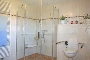 behinderten badezimmer schön behinderten badezimmer herausragende barrierefreie badplanung im zusammenhang mit design