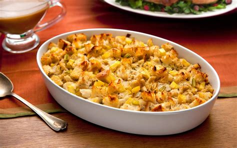 thanksgiving stuffing  apples  sage recipe chowhound