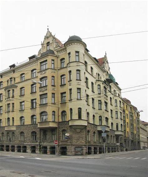 Bruņinieku iela 8 - dzīvokļu cenas un atsauksmes