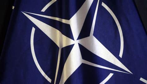 Rīgas pils Svētā Gara tornī svinīgi tiks pacelts NATO ...
