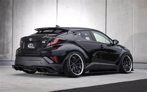 Toyota shīeichiāru) is a subcompact crossover suv produced by toyota. Toyota C-HR shows off tuning side with Kuhl Racing bodykit ...