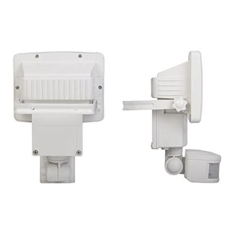 sunforce 82080 80 led solar motion light import it all