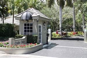 Gated Cutler Oaks | Miami Gated Communities