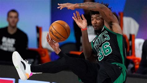 Celtics roll in Game Five, take 3-2 series lead on Raptors