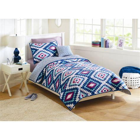 Aztec Comforter Set by Better Homes Gardens Southwest Aztec Quilt Bedding Set