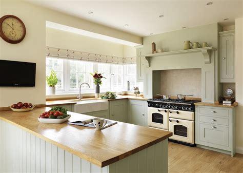 meuble cuisine avec table escamotable table de cuisine avec plan de travail cuisine en bois
