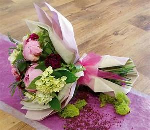 Offrir Un Bouquet De Fleurs : l 39 art d 39 offrir carton et chiffons ~ Melissatoandfro.com Idées de Décoration