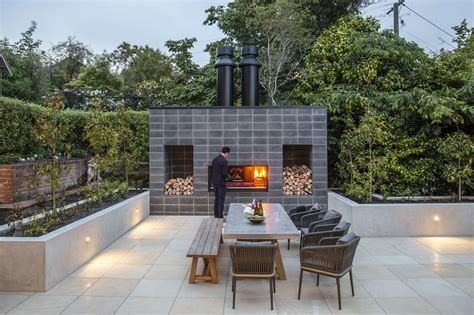 18+ Beauteous Outdoor Kitchen And Fireplace