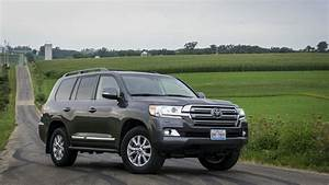 Toyota Land Cruiser 2017 : driven 2017 toyota land cruiser you re never too old to rock and roll rides drives ~ Medecine-chirurgie-esthetiques.com Avis de Voitures