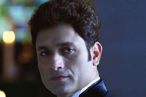 Shiney Ahuja to make a come back with 'Welcome Back'