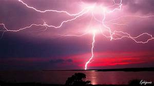 Cool Pictures of Lightning - YouTube