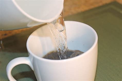 How to Make a Freakin? Great Cup of Joe Without Any Coffee Swag « Food Hacks :: WonderHowTo