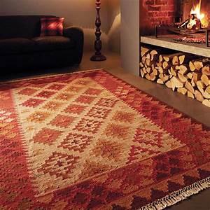 Tapis design kilim en laine et jute rouge et beige for Tapis kilim avec canape destockage usine