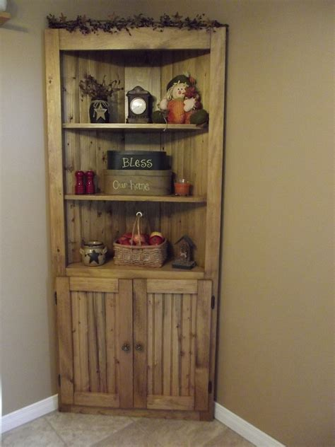 Corner Cupboard Plans by White Corner Cupboard Diy Projects