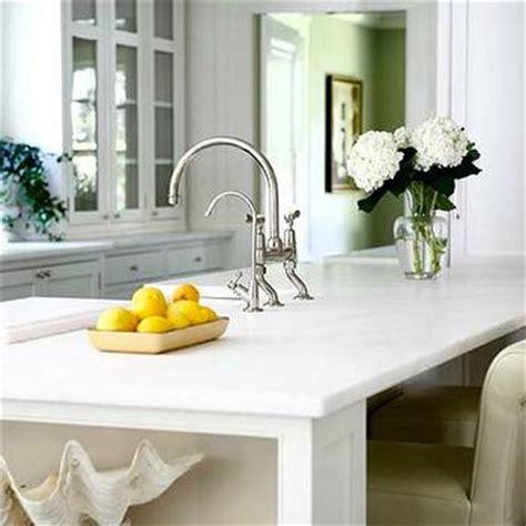 coastal kitchen cabinets ivory kitchen island cottage kitchen 2273