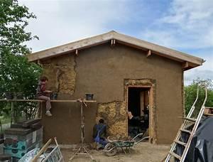 bois paille terre sur une maison serre atelier With maison bois et paille 14 les maisons aux comores
