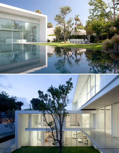 modern cube home   courtyards designs ideas  dornob