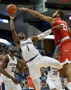 Struggles continue for UConn men's basketball team despite ...